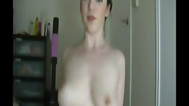 Supersexy brunette-cum magnet