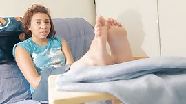 Enaijah Answers Feet Questions