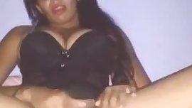 amadora se masturbando