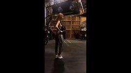 Bella Thorne dance rehersal