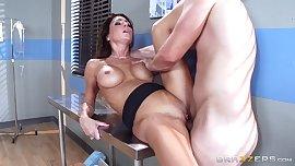 Brazzers - Hot doctor Jessica Jaymes milks co