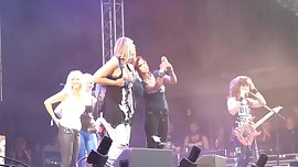 Girls on Stage - 1 - Steel Panther