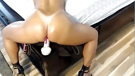 Nice Riding Free Anal live on spicygirlcam.com